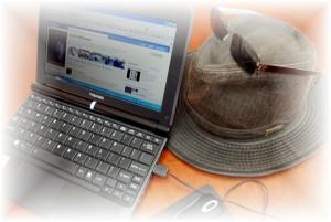 laptop-hat2a